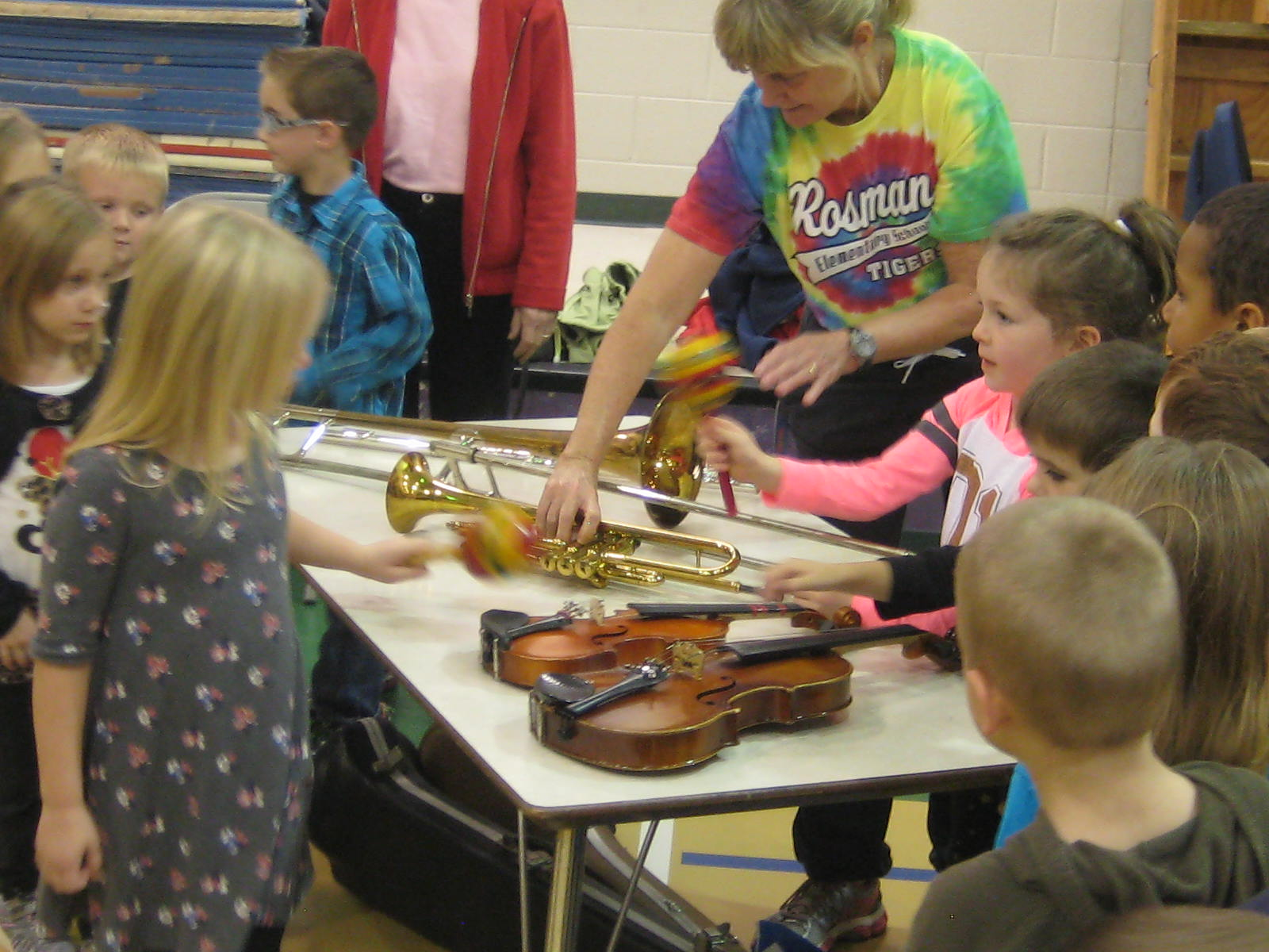 Rosman Elem children get to look and touch the  instruments